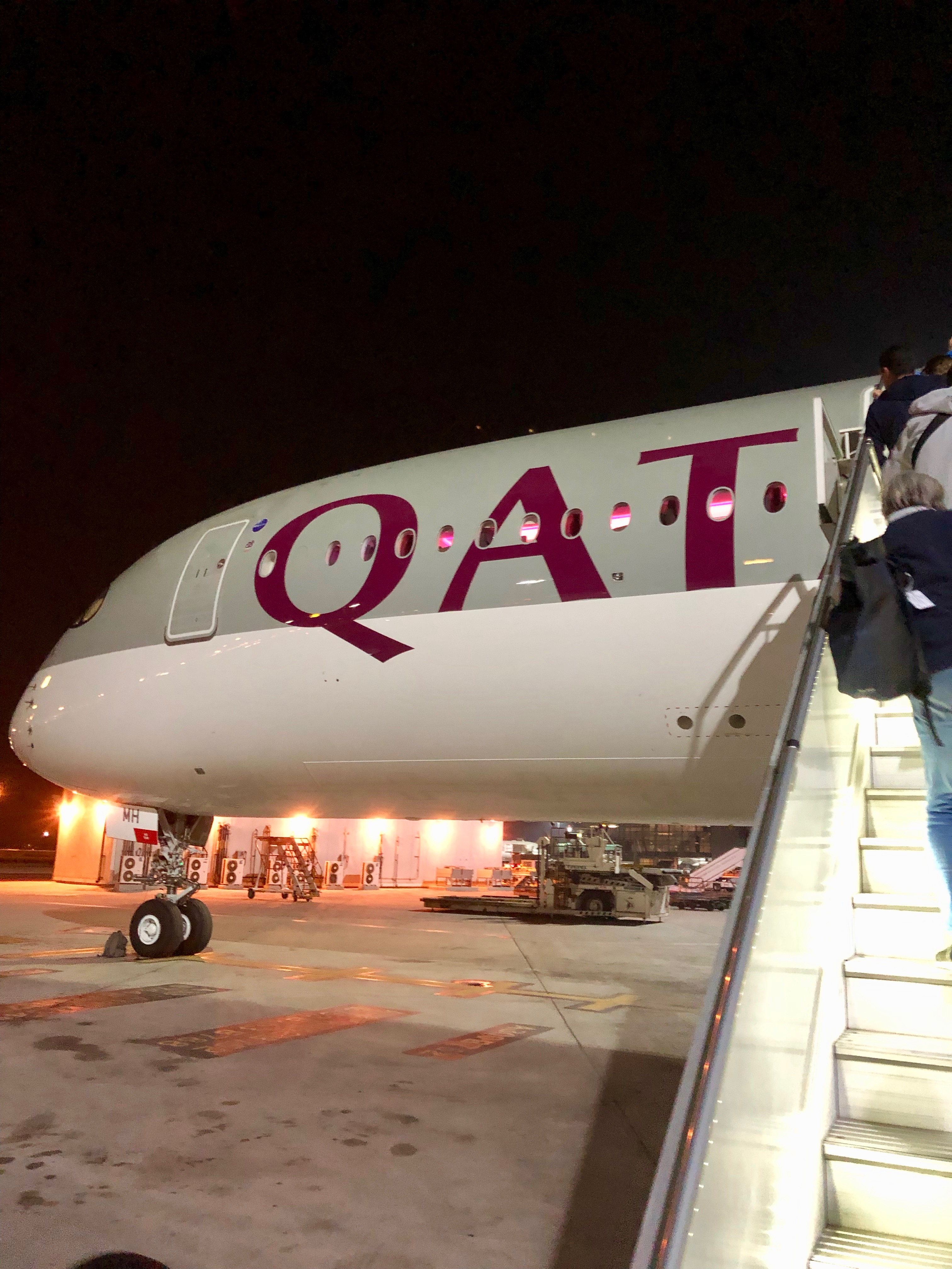 Qatar Airways A350-900 boarding via stairs