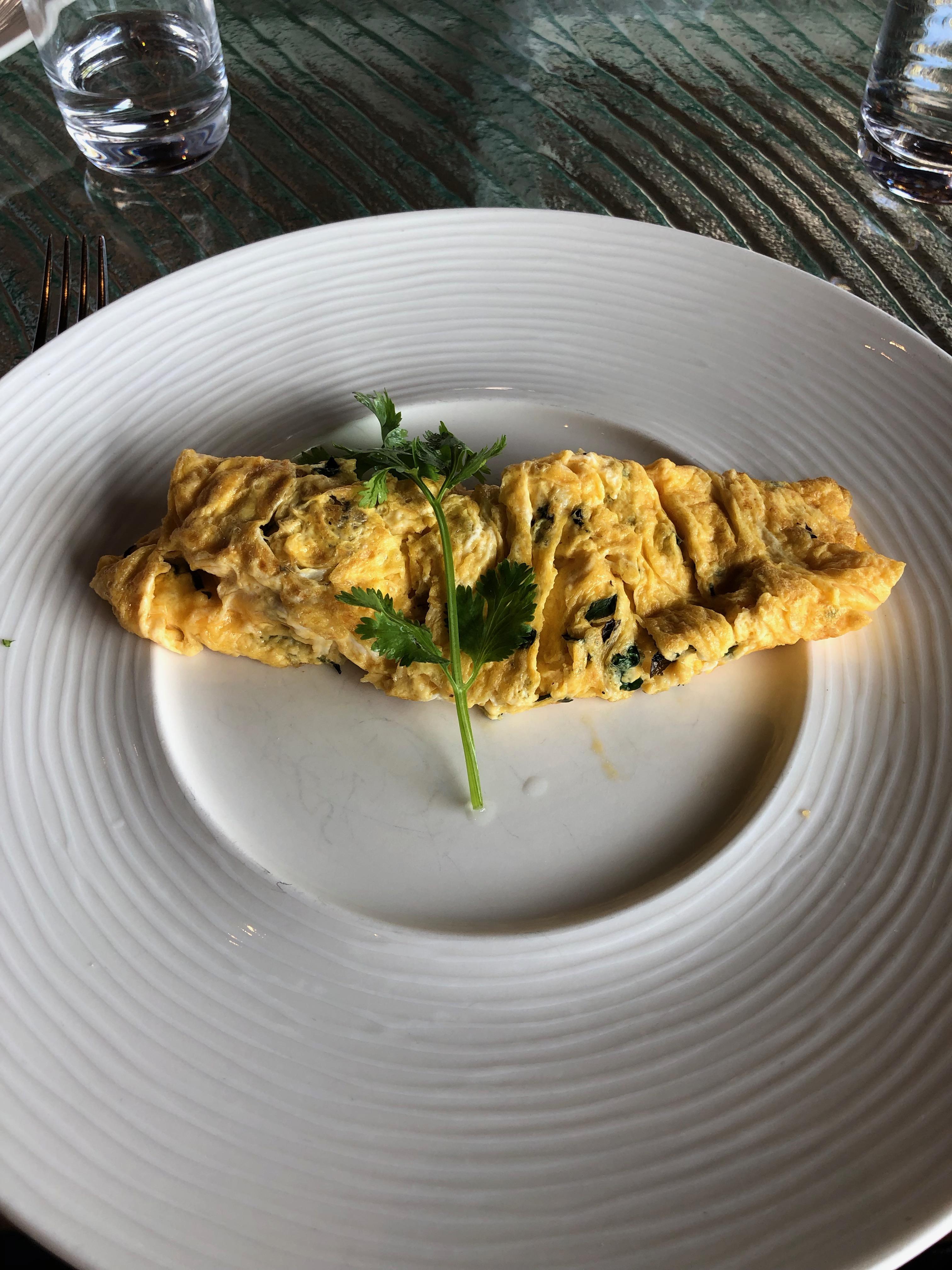 Conrad Maldives Vilu Restaurant made to order Maldivian omelet