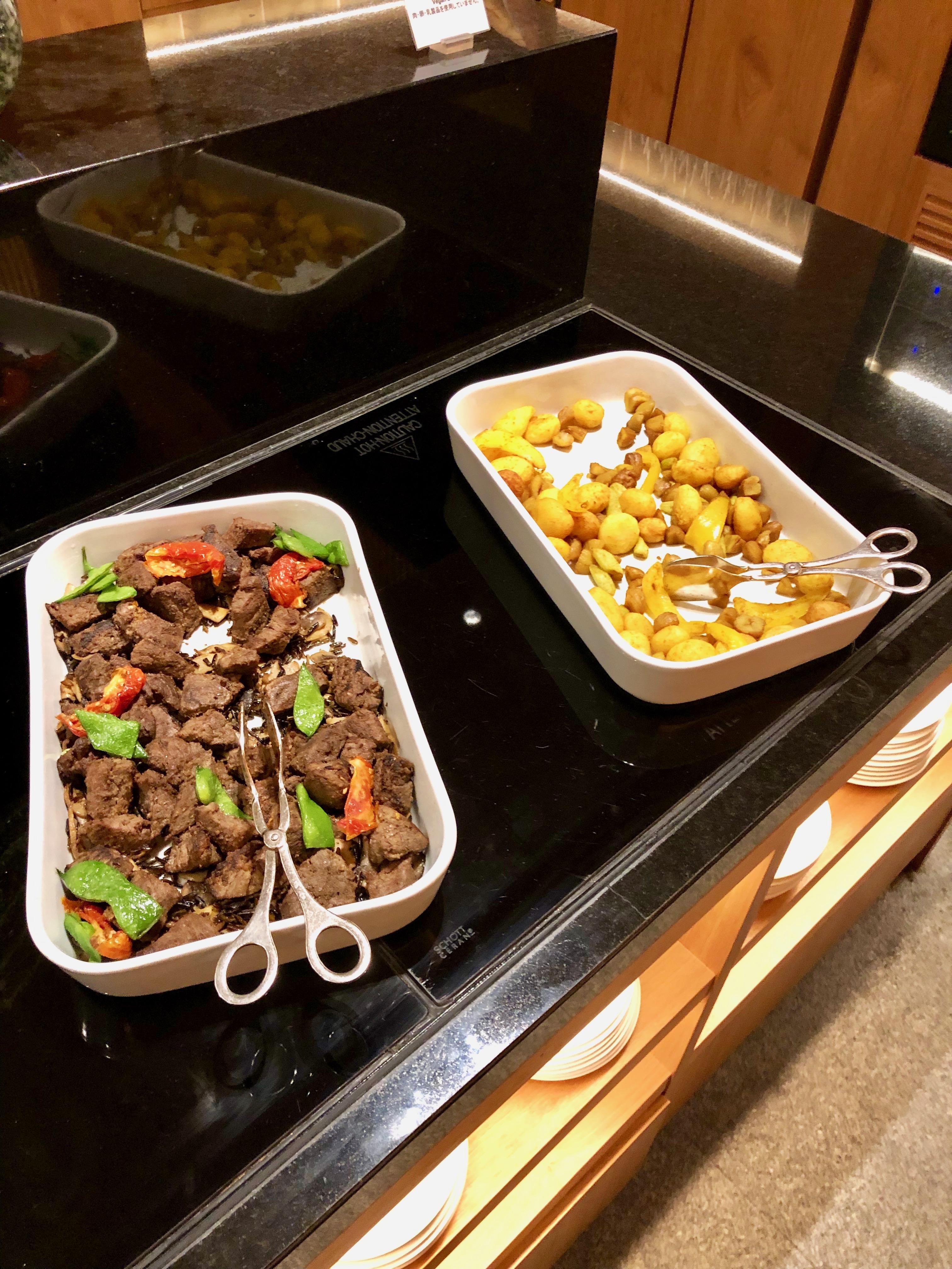 Conrad Tokyo Executive Lounge hot food