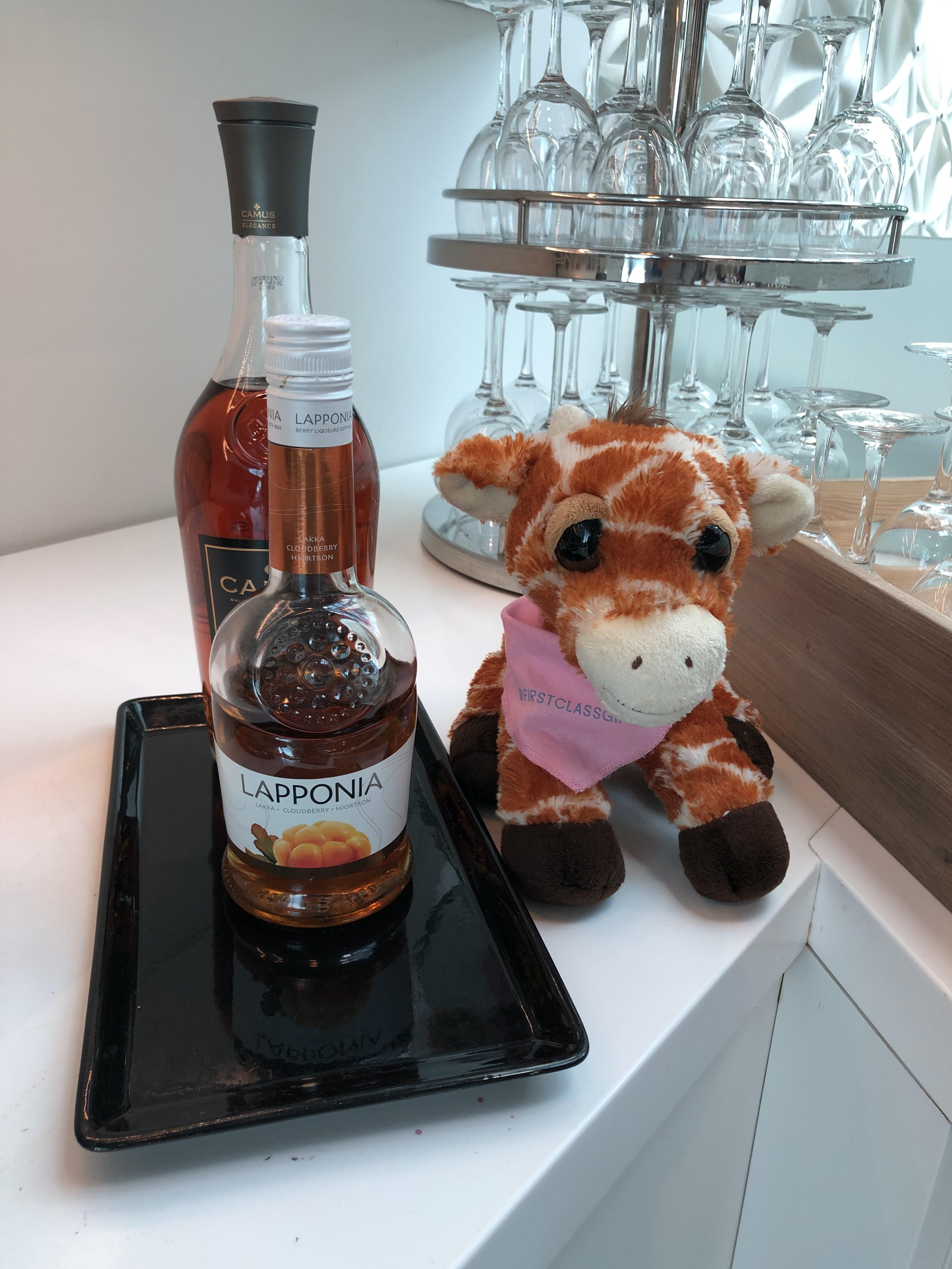 Finnair Business Class Lounge Helsinki Lapponia cloudberry liqueur