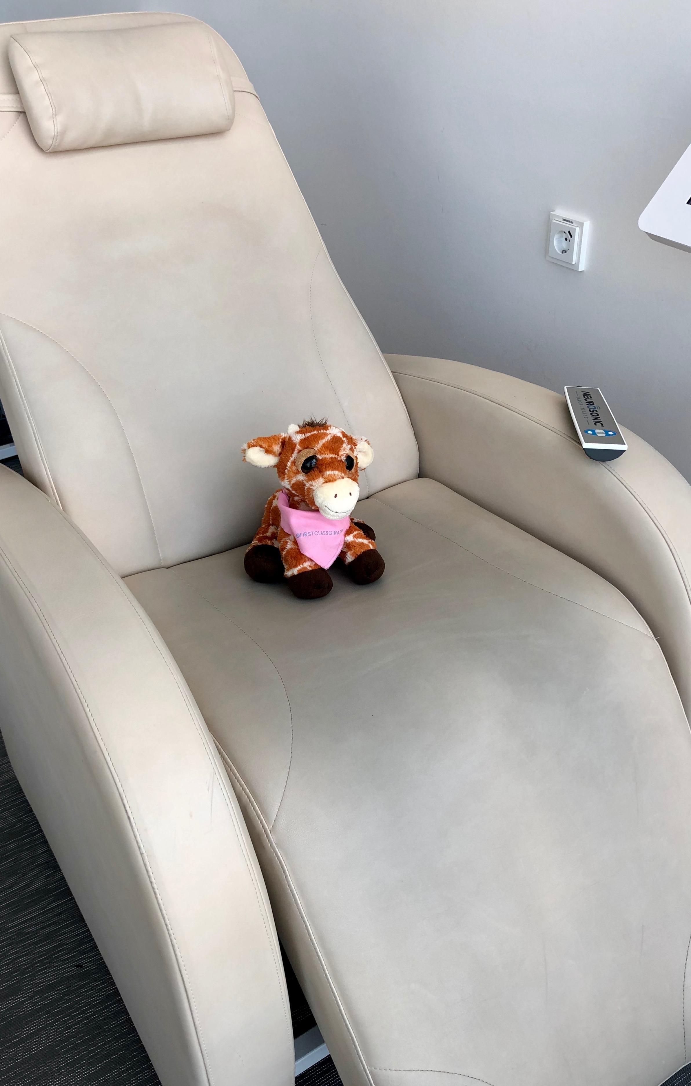 Finnair Business Class Lounge Helsinki Neurosonic massage chair