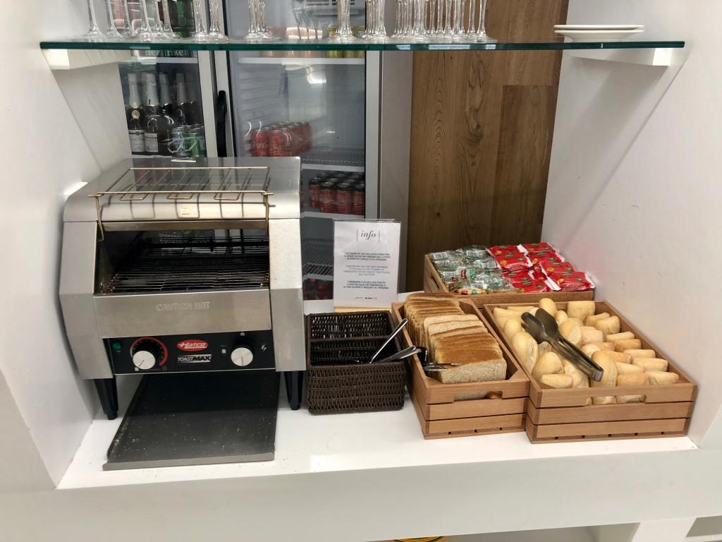 Sala VIP Formentor Palma de Mallorca toaster