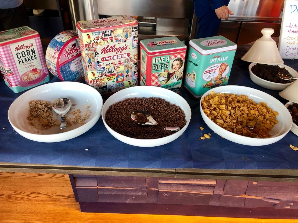 W Barcelona breakfast cereals