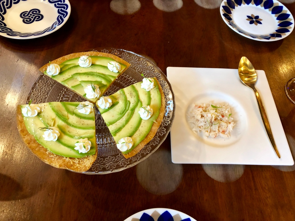 Tickets avocado pizza with king crab and chipotle mayonnaise