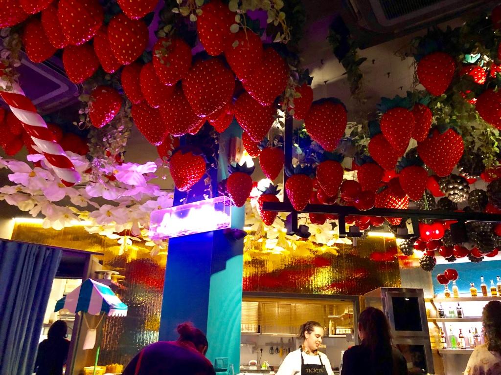 Dessert room at Tickets Barcelona