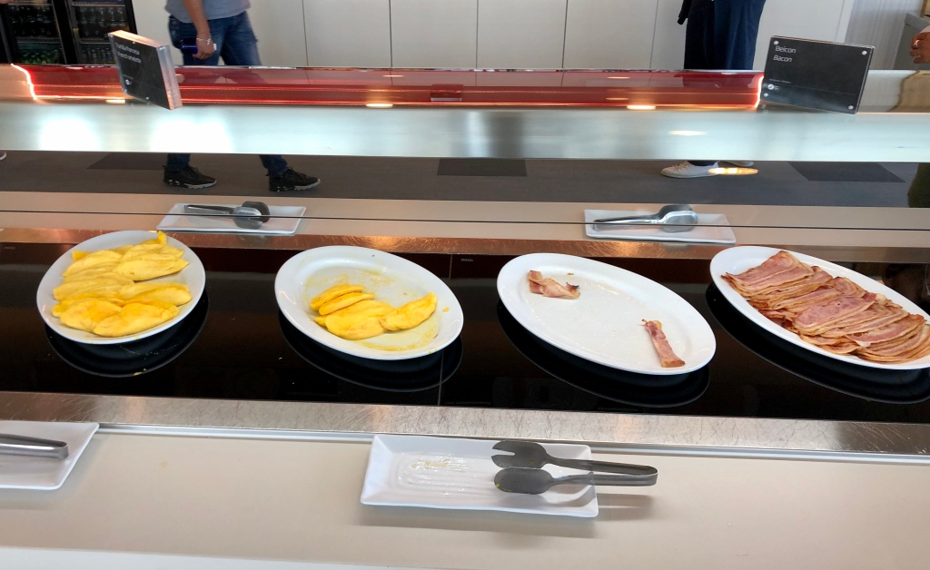 Hot food station - egg omelets and bacon