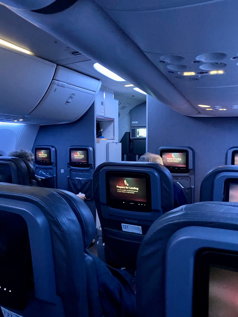Mood lighting in American Airlines 737 First Class cabin
