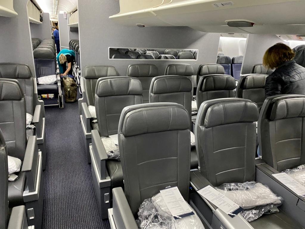 American Airlines Premium Economy Cabin - Boeing 777-200